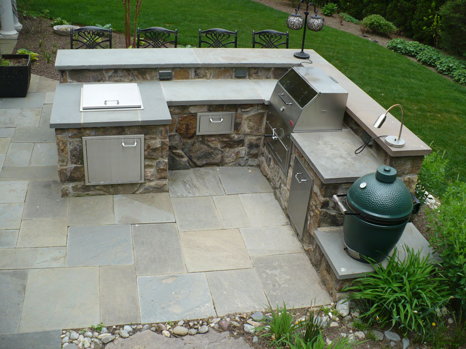 Image of outdoor kitchen