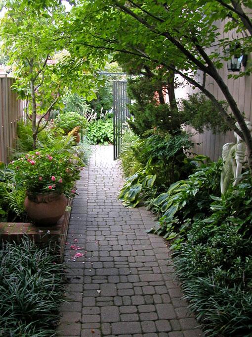 Image of entry garden